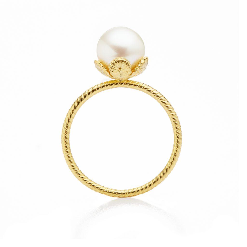 Brigitte Adolph, Ring «Tulipatan», Gold, Süßwasser-Zuchtperle