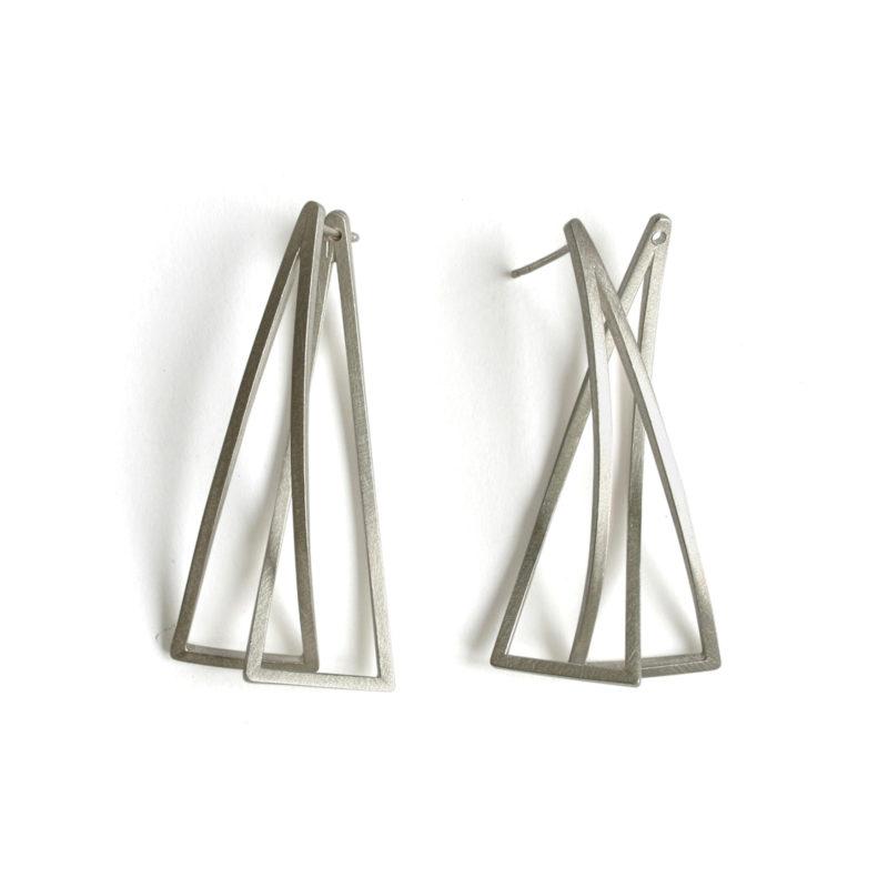 Kazuko Nishibayashi, Ohrringe «Klang Triangel», Silber