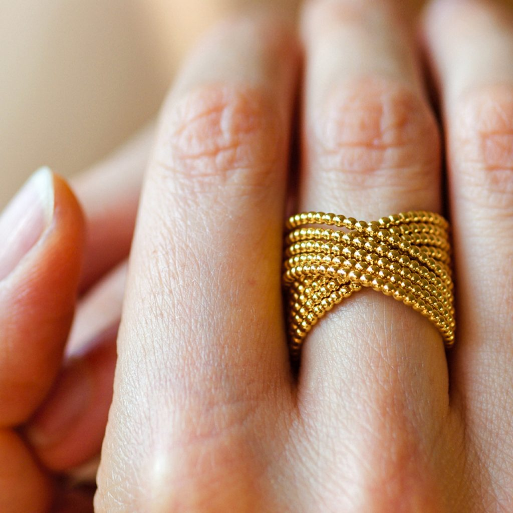 Tanja Friedrichs, Ring «LA», 750/- Gelbgold, am Modell