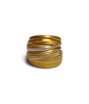Ute Strothotte, Ring «Gewickelt WR155», 925/- Silber, 900/- Gelbgold, Brillanten