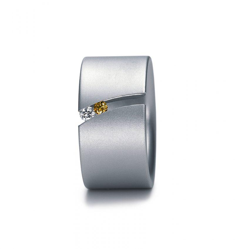 Niessing, Ring «Laufsteg», N138530, Edelstahl und bewegliche Brillanten