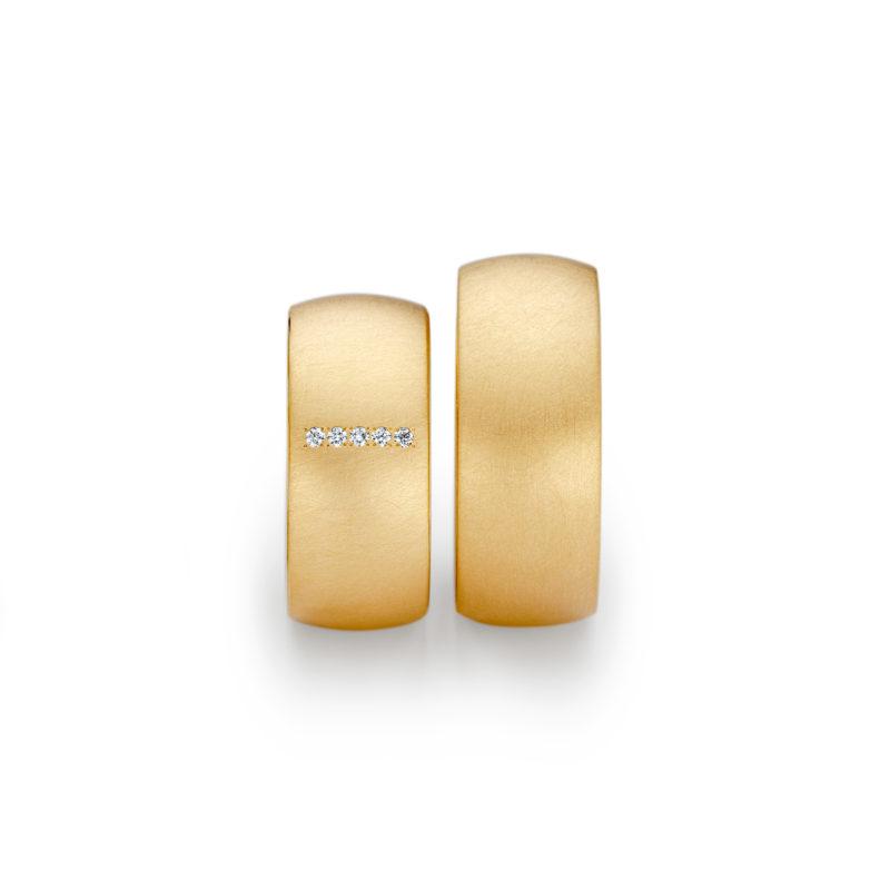 Niessing Trauringe Oval, Gelbgold, Brillanten, quer, pointiert, N131292