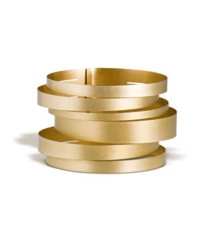 Claudia Hoppe, Armreif «Stripes gemischt», 48 mm, Gold