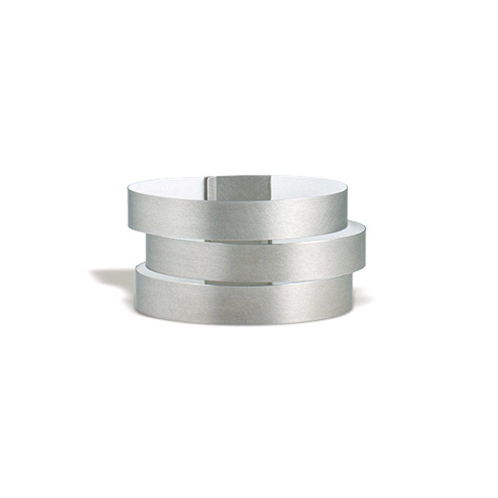 Claudia Hoppe, Armreif «Stripes breit», 38 mm, Silber, Lack weiß