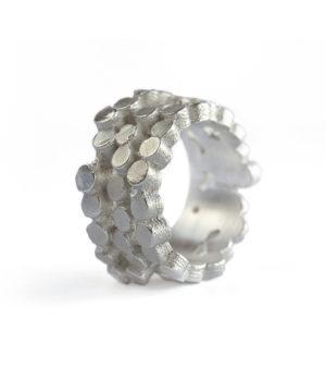 Susanna Kuschek, Ring «Puntito», Silber