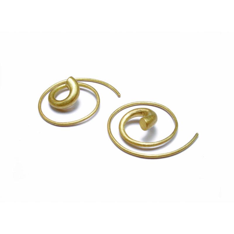 Erik Urbschat, Ohrringe «Spirale», 750/- Gelbgold