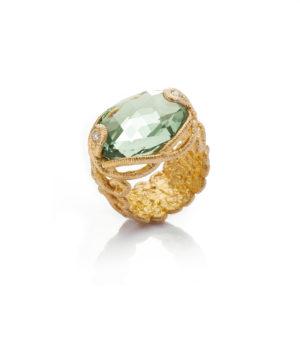 Brigitte Adolph, Ring «Undine», Gelbgold, Prasiotith, Brillanten