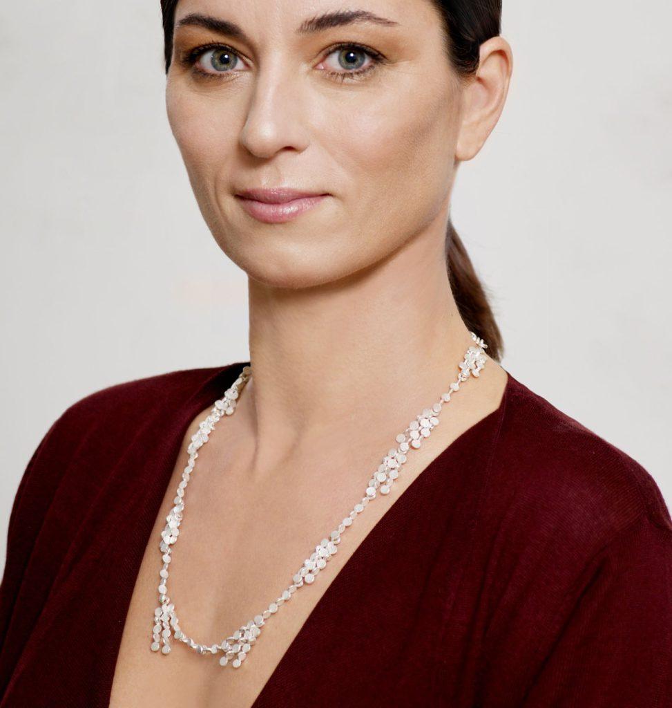 Susanna Kuschek, Kette «Fluir», Silber