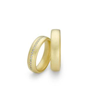 Niessing Trauringe Oval Gold Spring-Green Brillanten längs mittig pointiert gefasst N131292